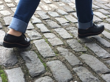 paving-stones-1747285_1920
