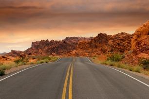 road-1303617_1920