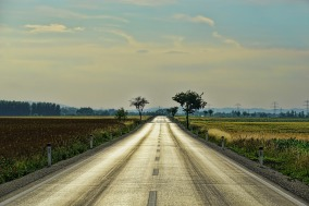 road-3469810_1920
